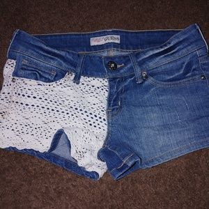 Guess shorts! Lace detail